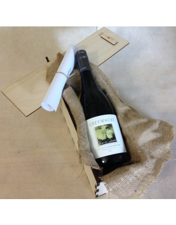 Sauvignon Blanc Greywacke σε ξυλινη συσκευασία